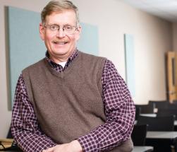 top-teacher-Dr-Randall-Hubbard